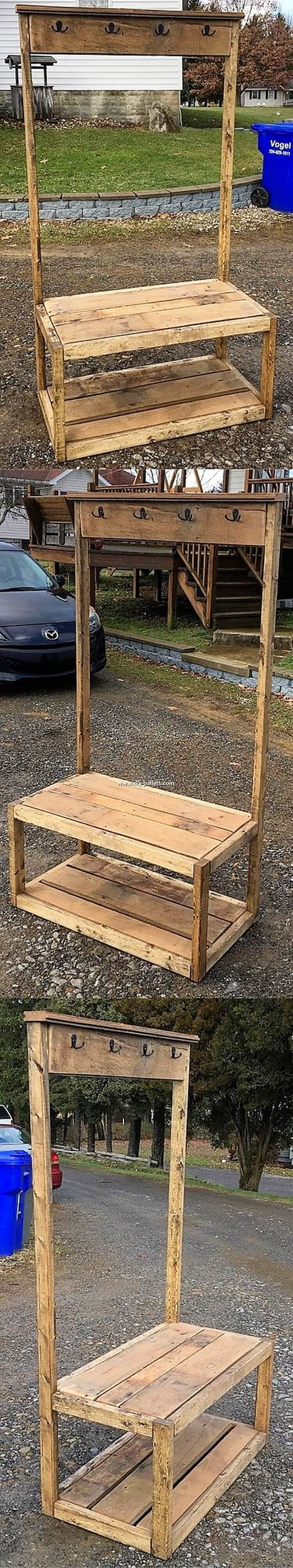 Pallet Coat Rack with Seat
