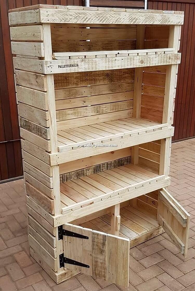 Reused Pallet Shelving Cabinet